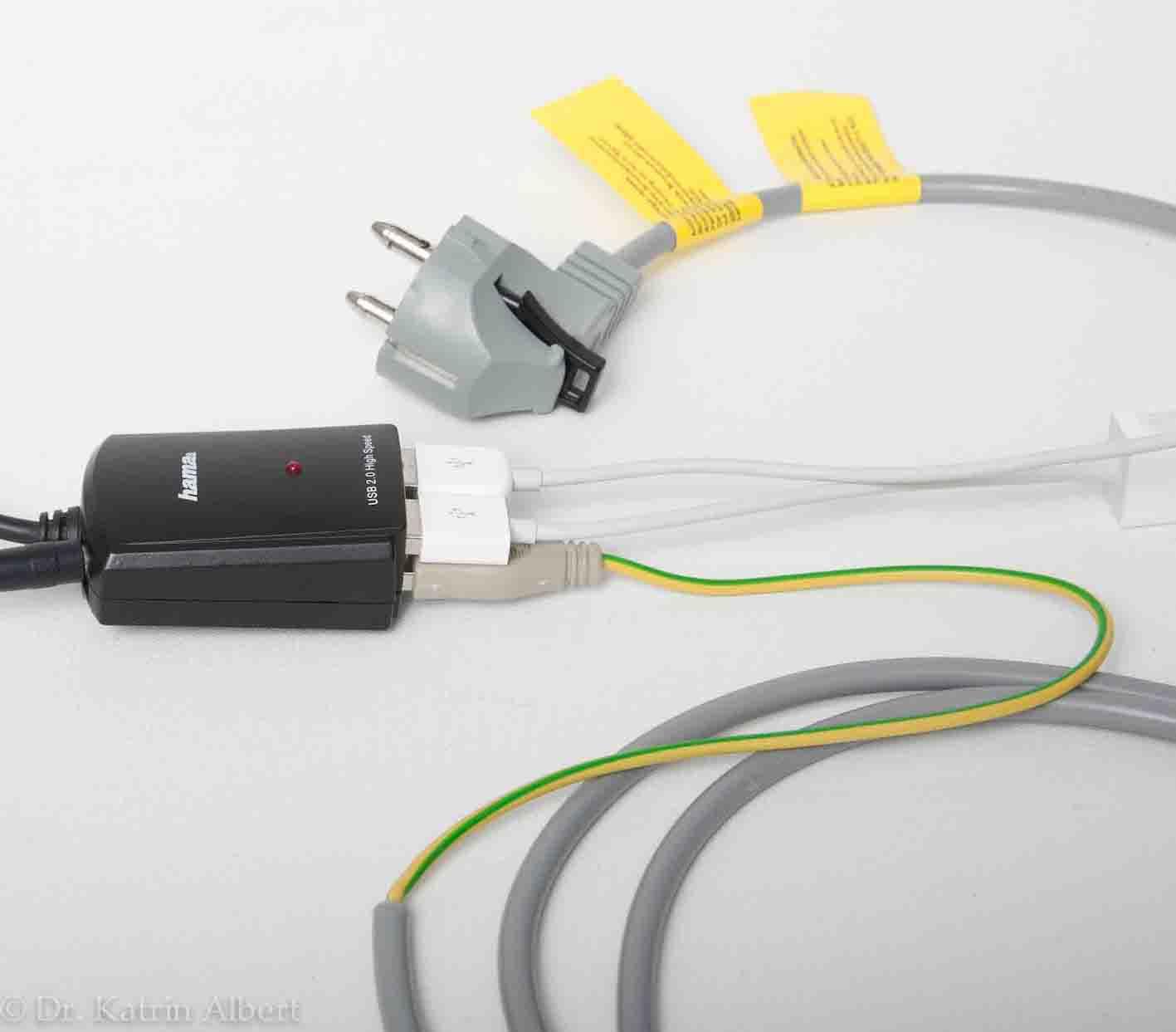 Erdung über USB-Erdungskabel